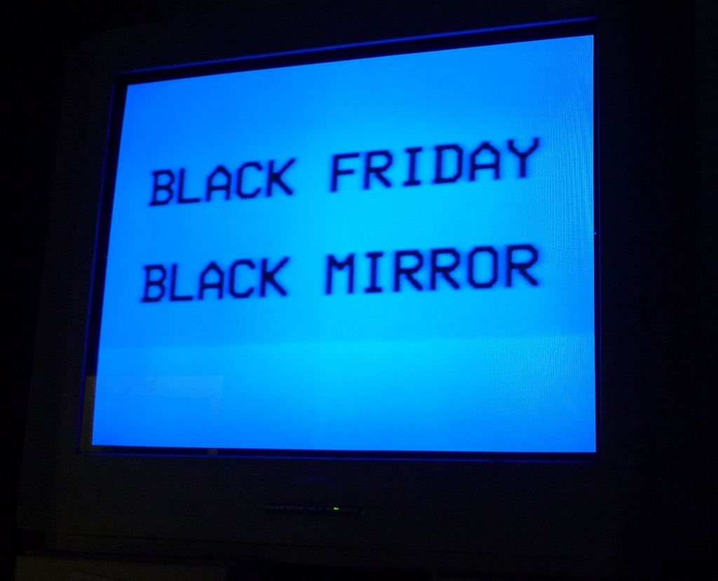 Black Friday – Black Mirror (installation), Szapu Dániel